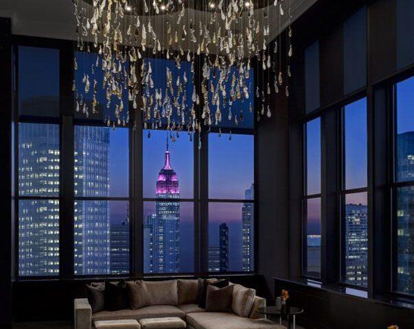 ChampagneSuite_LivingroomnightviewEmpire-603x500