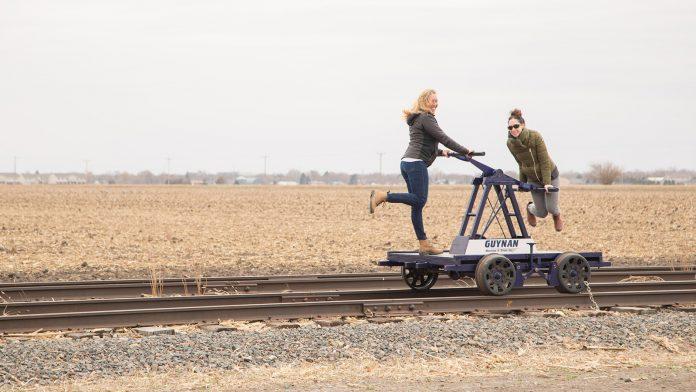 Nebreska Train Tracks